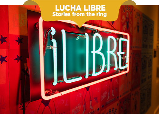 Neon sign that says Libre